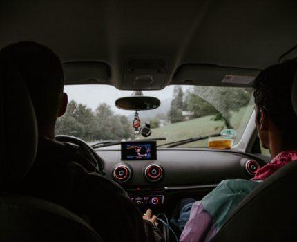 Akcesoria samochodowe – pomocne dla każdego kierowcy